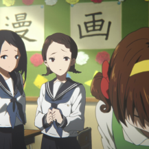And now we get more of the quieter club members watching Mayaka. It seems she's got a fanclub of her own within the manga club (although they're obviously not big enough fans to come to her aid).